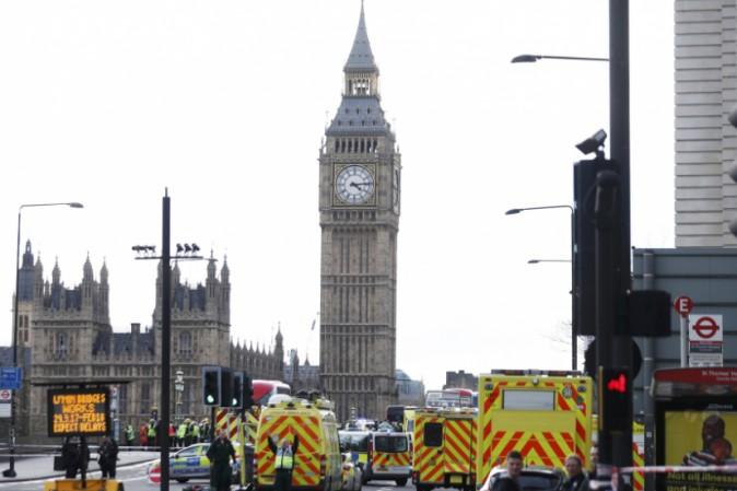 Attentato nel cuore di Londra, sale a 4 il numero dei morti