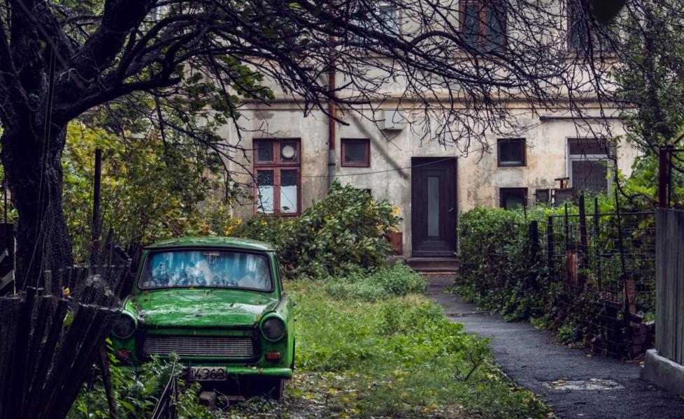 Una giornata a bucarest tpi for Seminterrato di case abbandonate