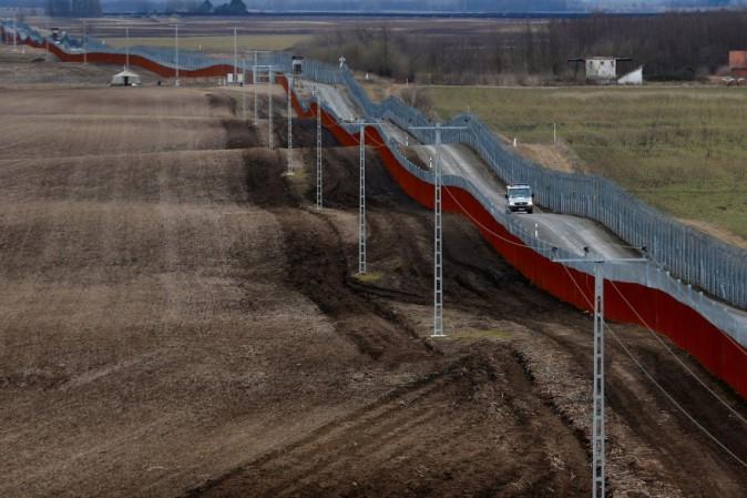 L'Ungheria approva la detenzione dei migranti alle frontiere