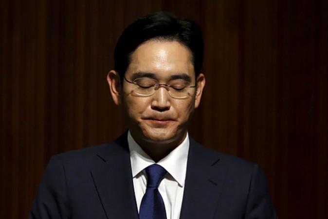 Arrestato per corruzione il vicepresidente e diretto erede Lee Jae-yong — Samsung