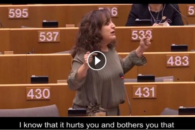 Eurodeputato polacco: donne meno intelligenti, giusto pagarle meno