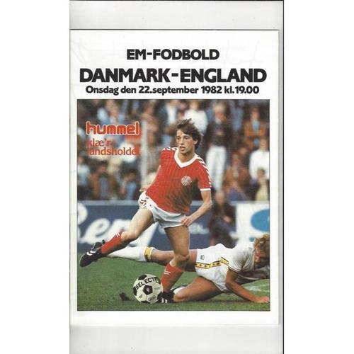 1982 Denmark v England Football Programme