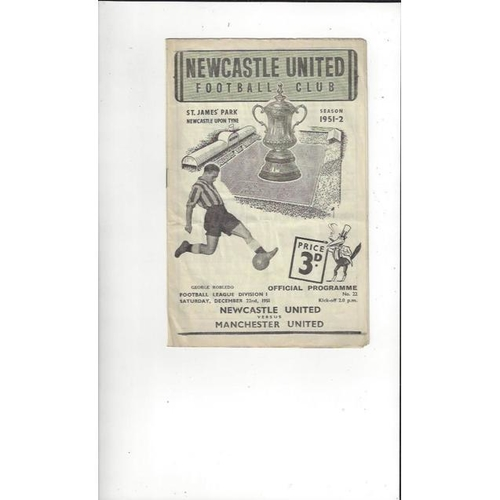 1951/52 Newcastle United v Manchester United Football Programme