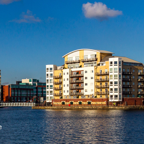 ADVENTURERS QUAY CARDIFF BAY THREE BEDROOM APARTMENT WITH WATER VIEWS