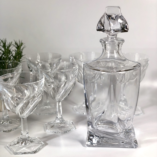 Large spiral crystal wine glasses and decanter set