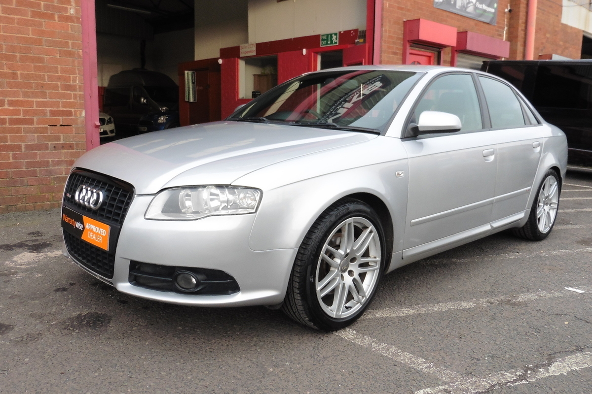 Audi A4 2.0 TDI S-line Special Edition 4dr - Sat Nav - Full Leather Interior!