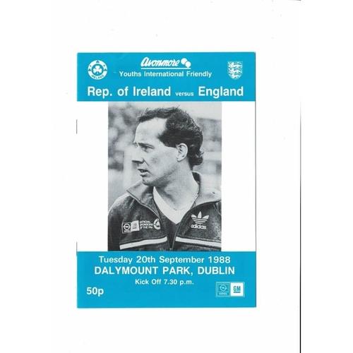 1988 Republic of Ireland v England Youth International Football Programme