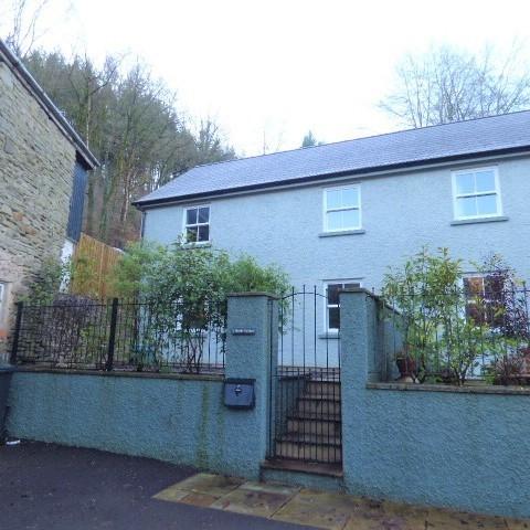 2 Brook Cottage, Upper Lydbrook, Gloucestershire, GL17 9LH