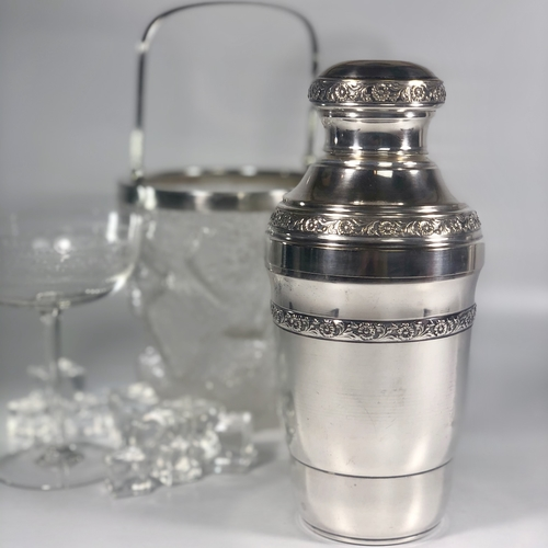 Pretty embossed flower silver plated cocktail shaker