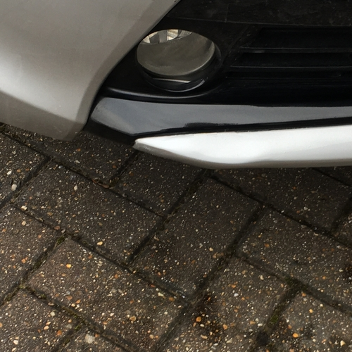 """Toyota Prius """"mashed"""" front lower bumper sill"""
