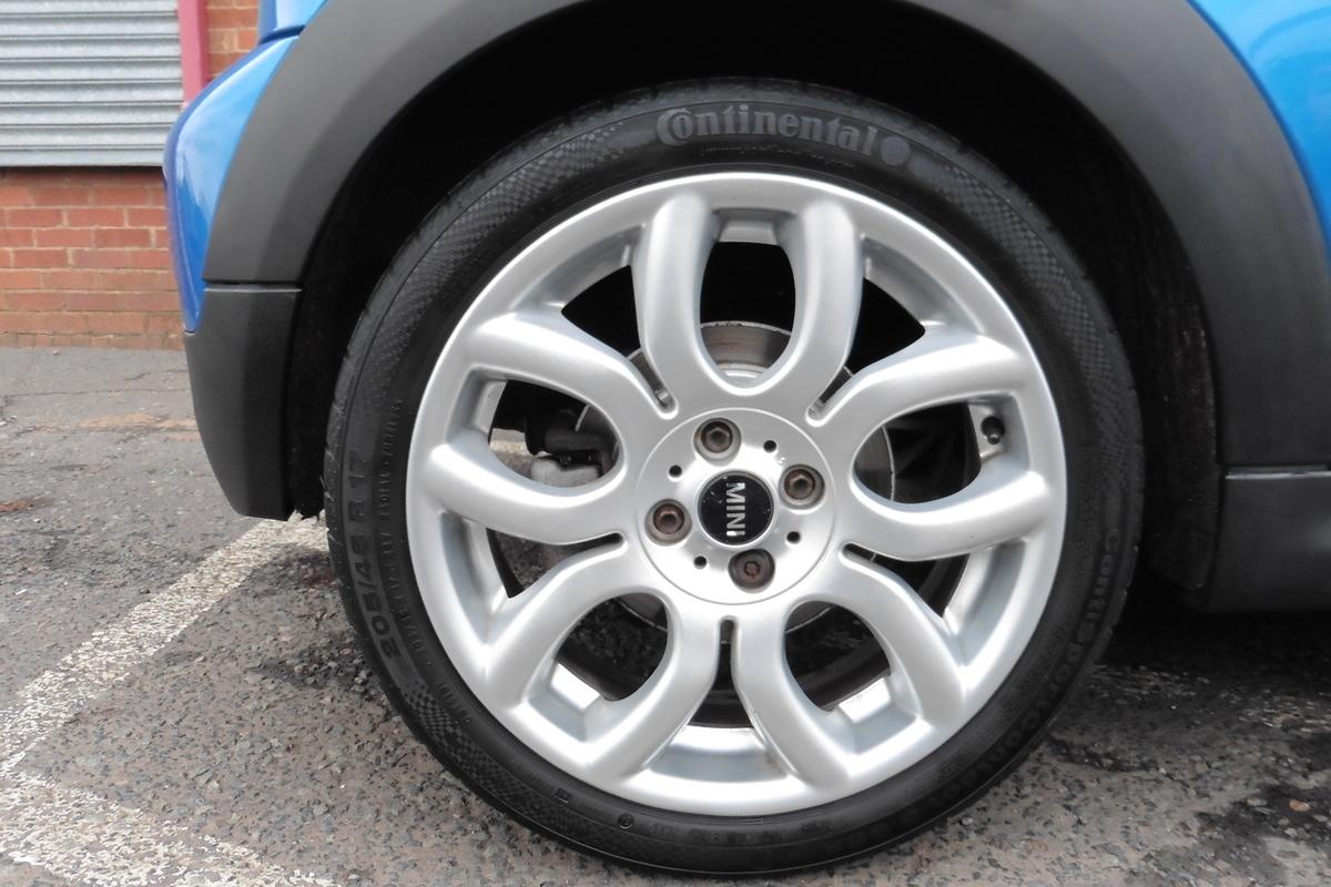 MINI Hatch 1.6 Cooper S 3dr - Half Leather Interior - Bluetooth