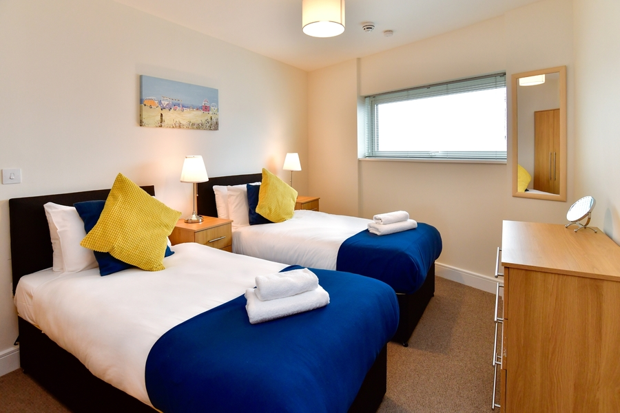 Meridian Quay - Prime Location Overlooking the Wharf - 4 Star, 2 Bedrooms
