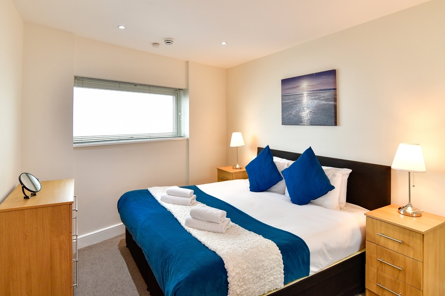 Meridian Quay - Prime Location Overlooking the Wharf - 4 Star (Awaiting Grading), 2 Bedrooms