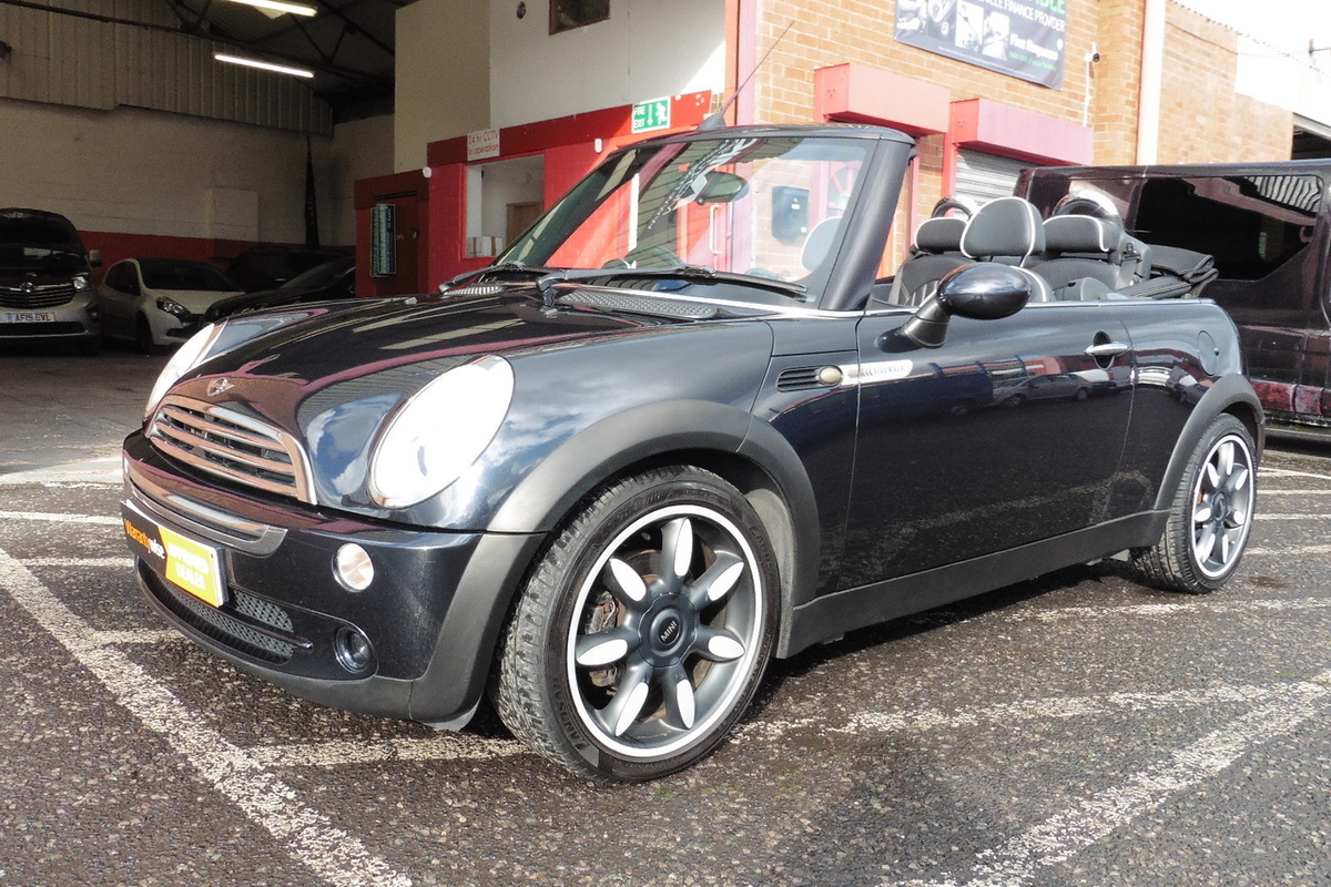 MINI Convertible 1.6 Cooper Sidewalk 2dr - Full Leather Interior
