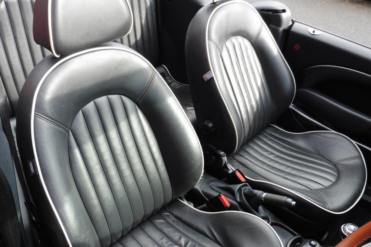 MINI Convertible 1.6 Cooper Sidewalk 2dr - Full Leather Interior