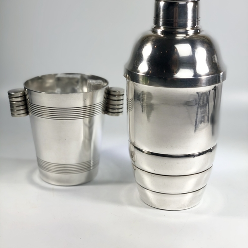 Large scale Art Deco cocktail shaker