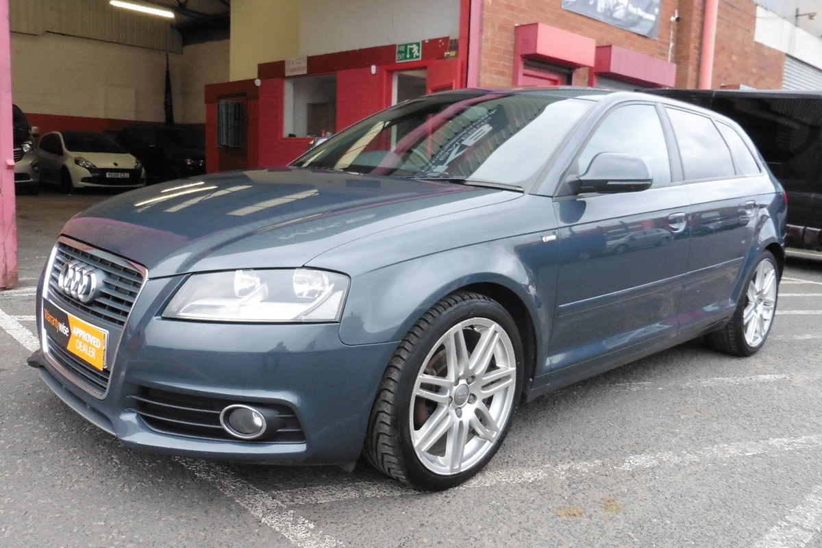 Audi A3 1.8 TFSI S-line Sportback S-Tronic 5dr - Half Leather Interior!