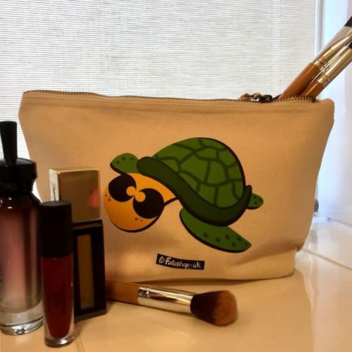 'Sea Turtle' Accessory Bag