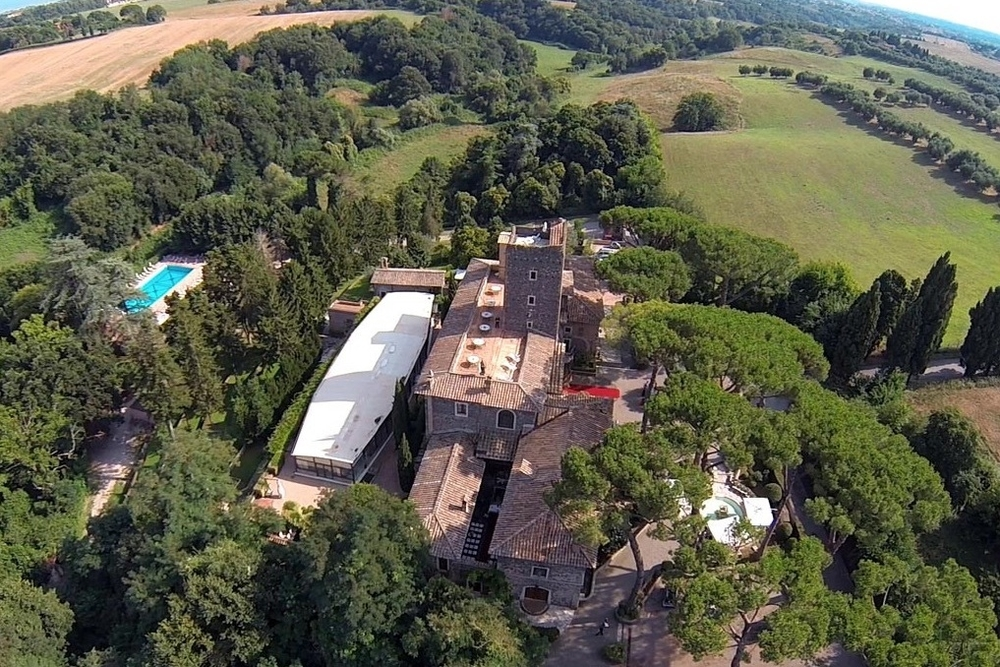 Country Roman Castle