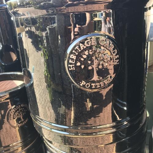 Woodlodge heritage 30cm cylinder pot black