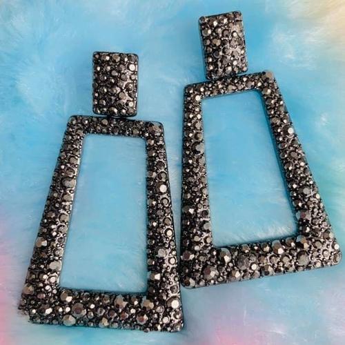 Black/Silver Sparkly Vintage Look Earrings