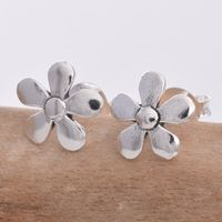Blue Lily Daisy Stud