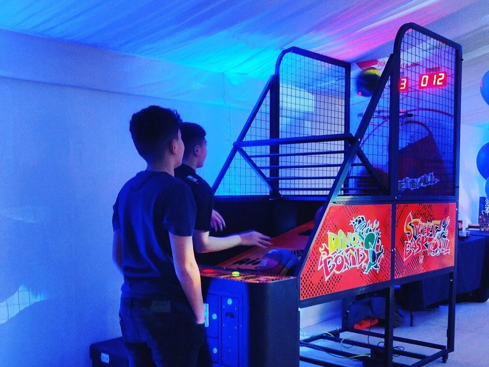 Arcade Games For Weddings