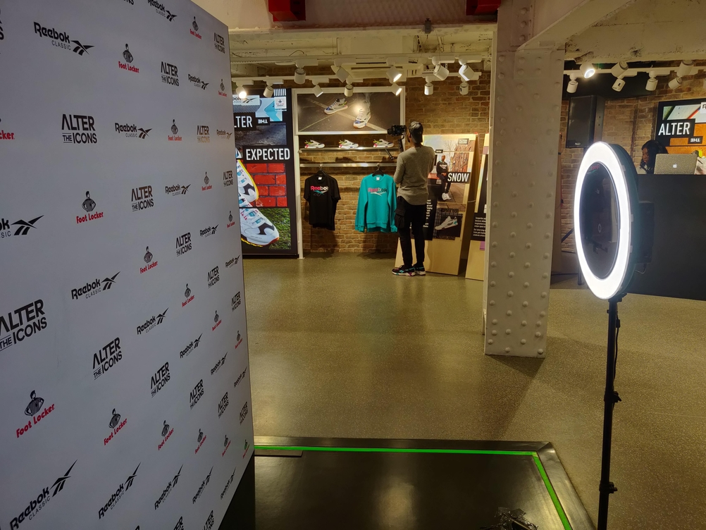 Ring Light GIF Photo Booth