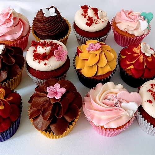 CHOCOLATE, LEMON, RED VELVET AND VANILLA CUPCAKE SELECTION