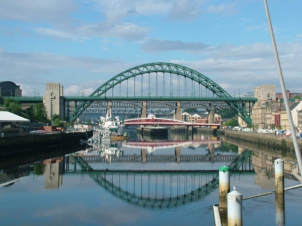 How can a copywriter in Newcastle help me?