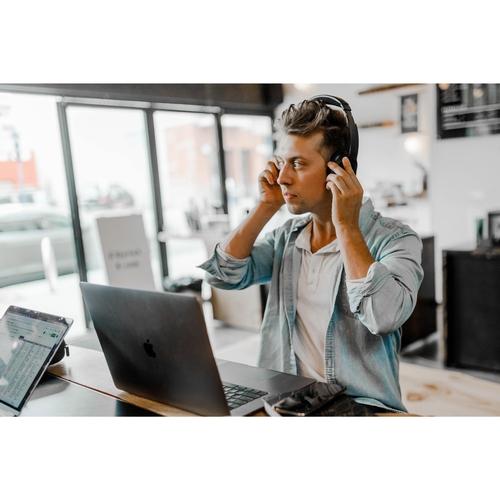 IT Solutions Technician Apprenticeship - Level 3