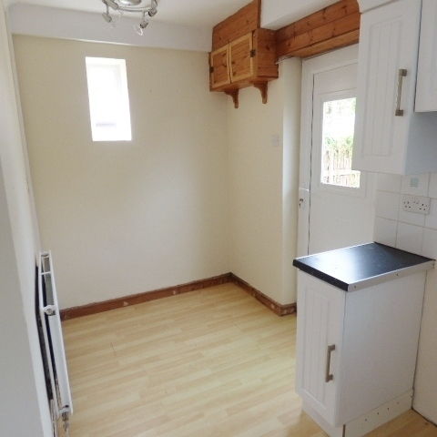 11 Lydfield Road, Lydney, Gloucestershire GL15 5RS
