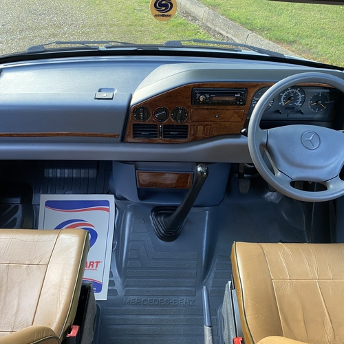 IH Oregon 98 SWB Mercedes Camper Van 2 Berth 77565 miles