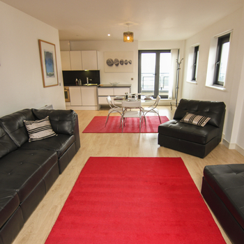 WATERQUARTER CARDIFF BAY TWO BEDROOM PENTHOUSE WITH BALCONY AND WATER VIEWS