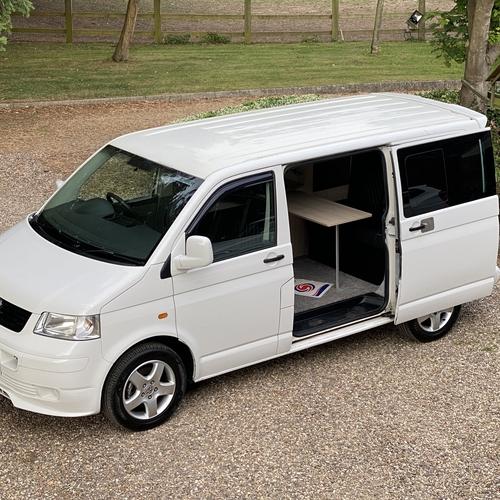 2004 VW T5 Camper Van - White - Leather - 240v/12v - JUST ARRIVED