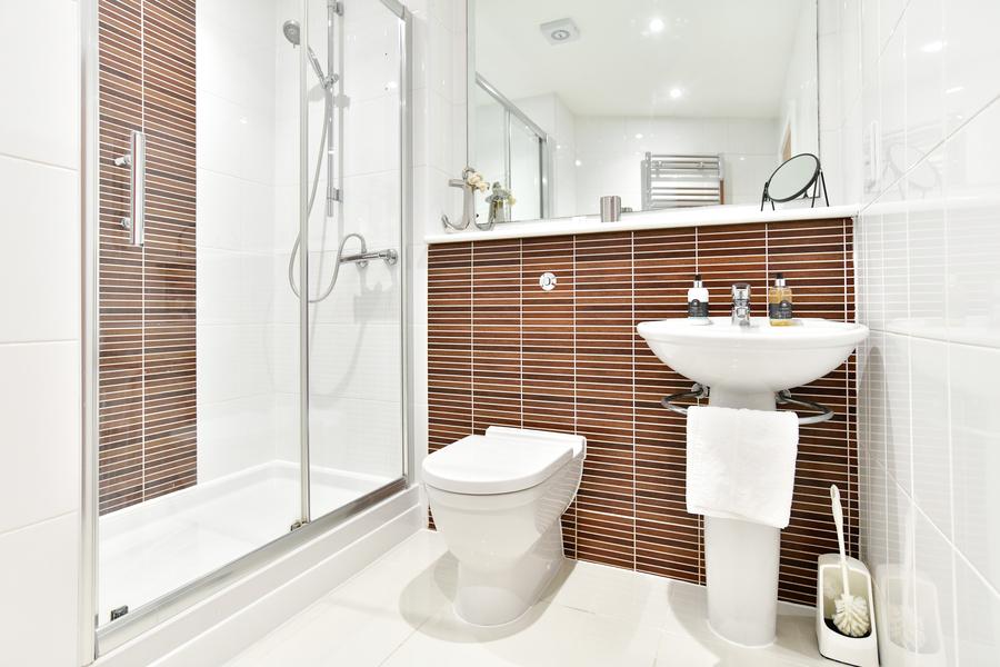 Meridian Quay - Duplex Penthouse, 5 Star, 3 Bedrooms -  (Awaiting Grading)