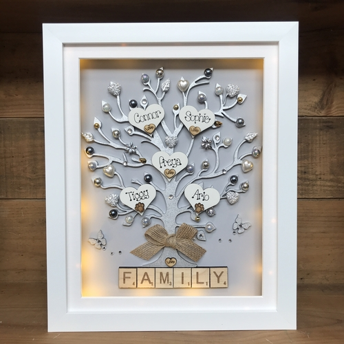 "Large "" pretty with pearls "" family tree frame"