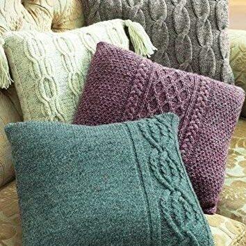 Aran cushion cover pattern 9804