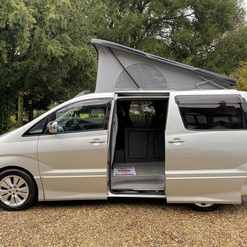 Toyota Alphard Camper Van 4 Berth 3.0 V6 Petrol Auto - ABSOLUTELY STUNNING