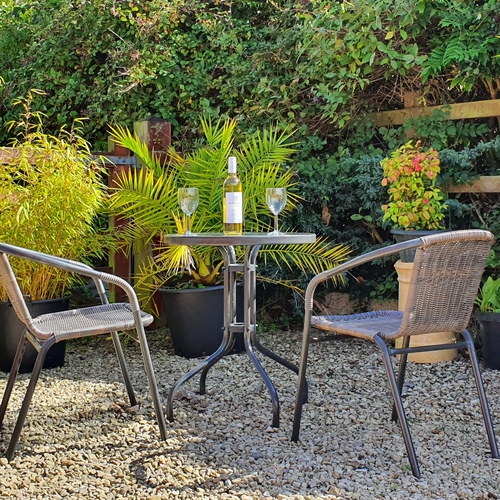 Immerse Yourself In Nature In Cotswold View 2 Bedroom Chalet, Gotherington