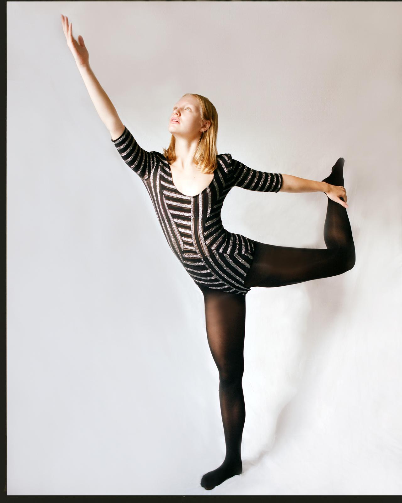 ROBYN: Dancer
