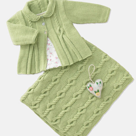 4ply baby coat and blanket pattern 4941