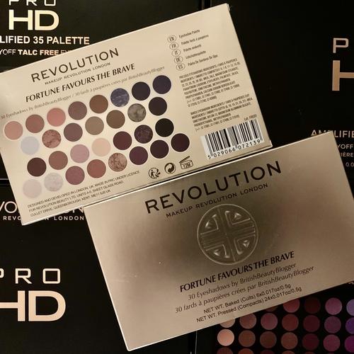 REVOLUTION Fortune Favours The Brave Palette