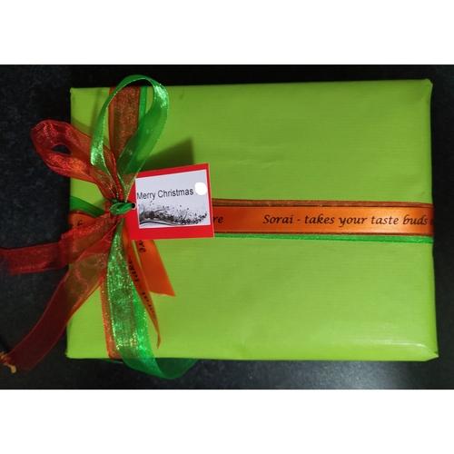 3 Products: Paya Gift Box
