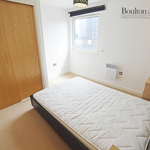 Renting in Cardiff - 2 bedroom apartment, Cardiff Bay - Beautiful 2 bed apartment on waters edge