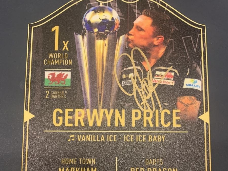 World Champion Signed Ultimate Player Card