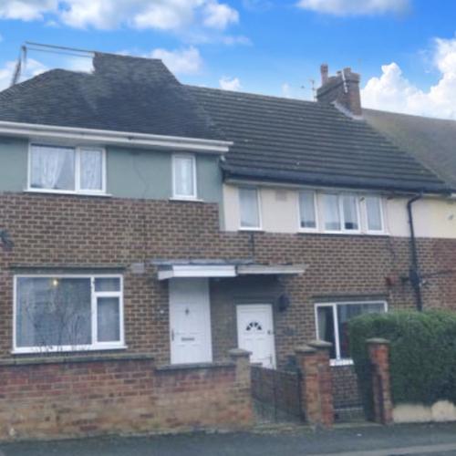 Kingsthorpe, Northampton - 3 Bedroom House