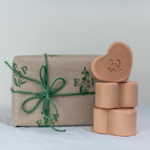 Geranium Heart Soap Gift