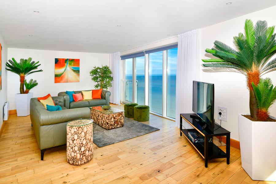 Panoramic Views Penthouse