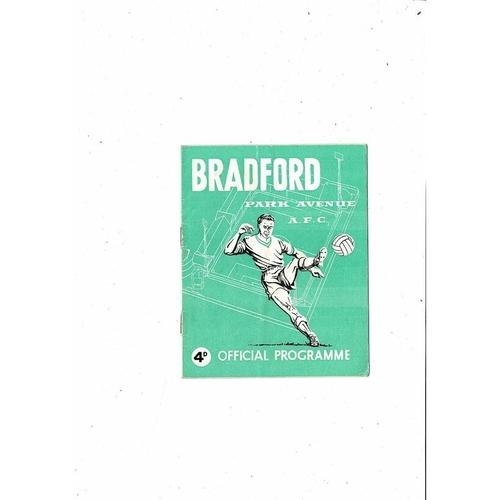 1962/63 Bradford Park Avenue v Charlton Avenue League Cup Football Programme